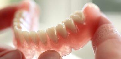 Коронки из металлокерамики: распространенный на сегодняшний день способ протезирования зубов