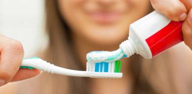 Можно ли лечить ожог зубной пастой и насколько это эффективно