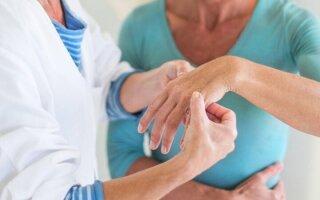 Что делать, если болят суставы пальцев рук