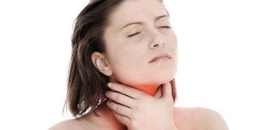 Опасность получения ожога слизистой горла и его лечение