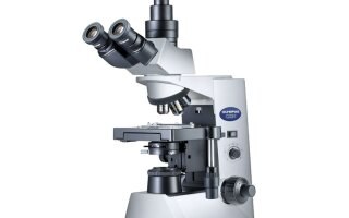 Где применяется тринокулярный микроскоп?