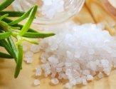 Использование соли для лечения гноящихся ран: приготовление раствора
