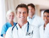 Какой врач лечит ожоги и когда нужно обращаться к специалисту