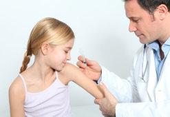 Почему остается шрам от прививки на плече