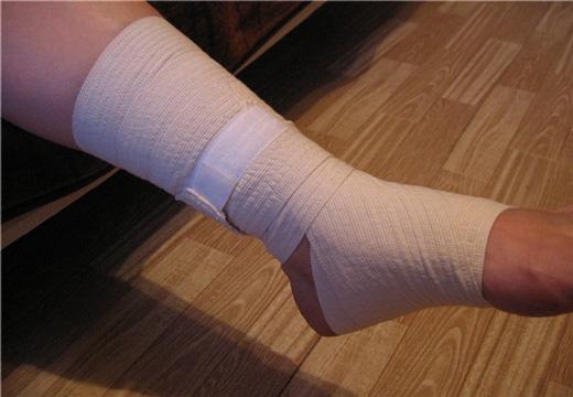 повязка на ногу