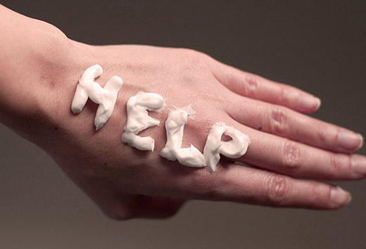 заживляющий крем на руке