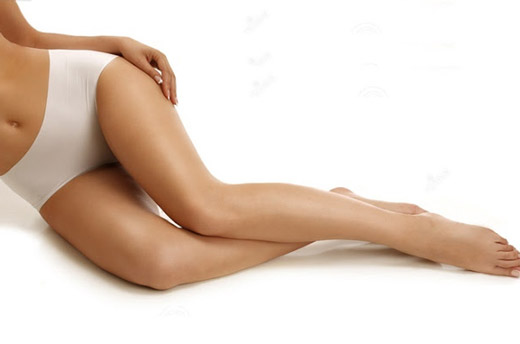 шрам у женщины на ноге