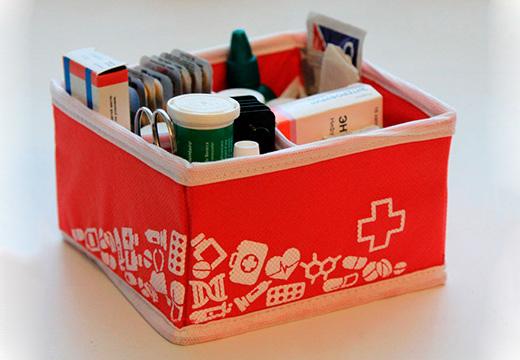 Аптечка с медикаментами